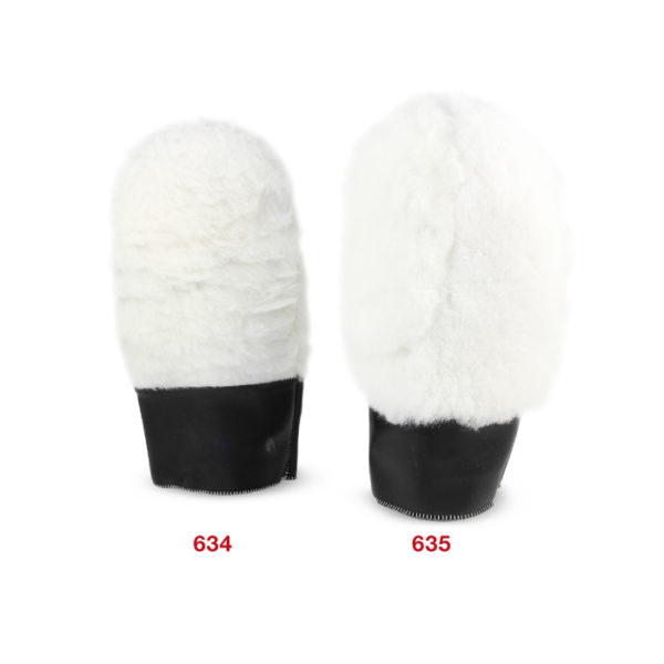 634-635 Wool cleaning glove